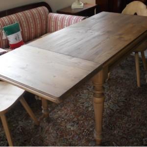 tavolo con allunga